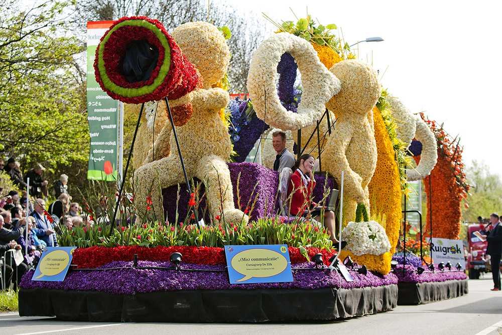 Flower-parade-Keukenhof